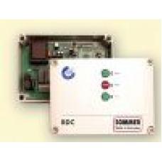 Besturing voor poorten, rolluiken en screens (SOM5851) Draadloos by www.svn-systems.be